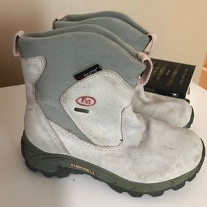 Merrell toddler boots gray/ pink size 13